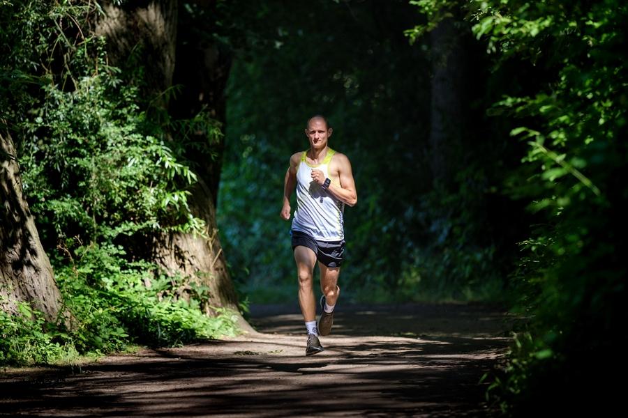 O biegowej przygodzie - wywiad z Marcinem Kęsy